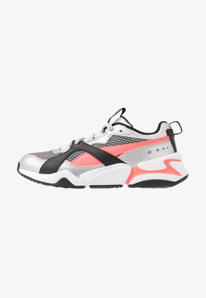 NOVA 2 FUNK  - Trainers - metallic silver/ignite pink/black