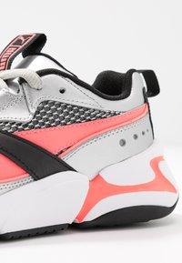 Puma - NOVA 2 FUNK  - Sneakers - metallic silver/ignite pink/black - 2