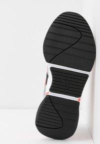 Puma - NOVA 2 FUNK  - Sneakers - metallic silver/ignite pink/black - 6