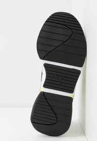 Puma - NOVA 2 FUNK  - Baskets basses - metallic silver/yellow alert/black - 6