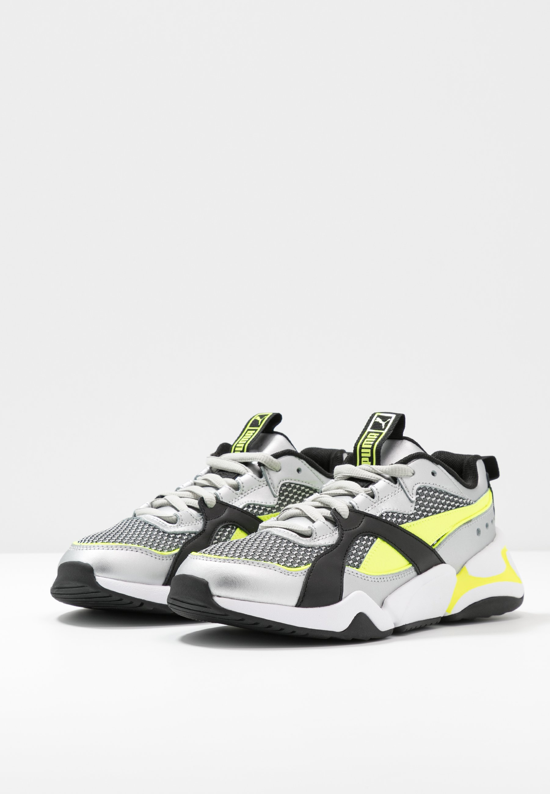 Puma NOVA 2 FUNK  - Sneakers - metallic silver/yellow alert/black