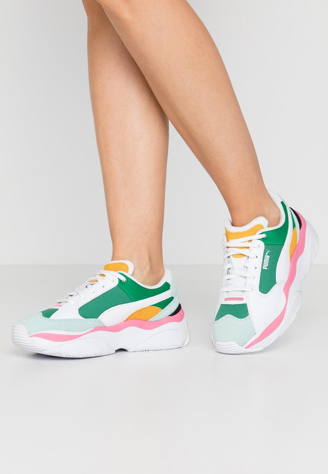 STORM.Y COLOUR BLOCK - Sneakers - green/white