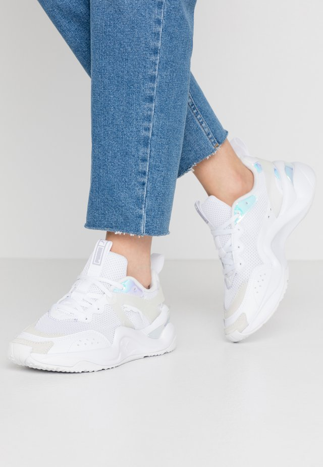 RISE GLOW  - Sneakers laag - white