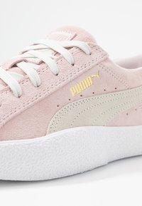 Puma - LOVE  - Sneakersy niskie - rosewater - 2