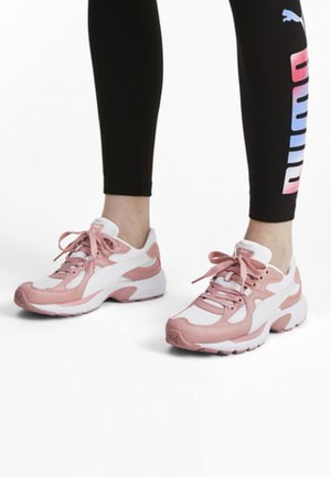 AXIS PLUS 90S TRAINERS UNISEX - Baskets basses - white-bridal pink