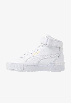 CALI SPORT WARM UP - Sneakersy wysokie - white