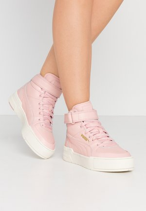 CALI SPORT WARM UP - High-top trainers - peachskin/marshmallow
