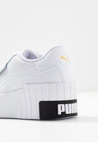Puma - CALI WEDGE  - Baskets basses - white/black - 2