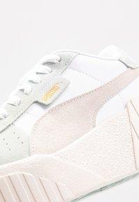 Puma - CALI WEDGE SOCAL  - Sneakers laag - aqua gray/marshmallow/white - 2