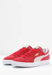 Puma - SUEDE CLASSIC+ - Baskets basses - team regal red/white - 2