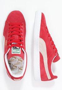 Puma - SUEDE CLASSIC+ - Baskets basses - team regal red/white - 1