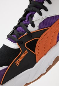 Puma - PERFORMER MID THE HUNDREDS - High-top trainers - black/persimmon orange - 6
