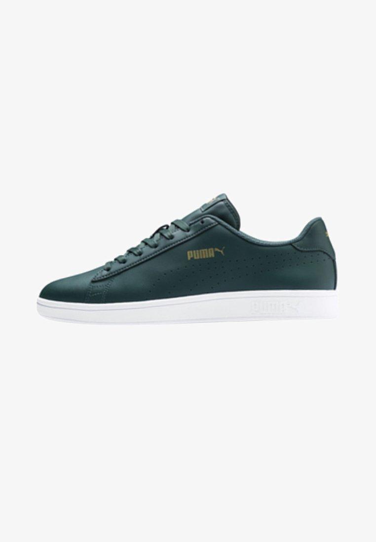 Puma - SMASH V2 L PERF UNISEX - Sneakers laag - ponderosa pine/gold/white