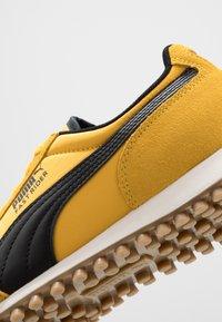 Puma - FAST RIDER - Baskets basses - spectra yellow/whisper white - 6