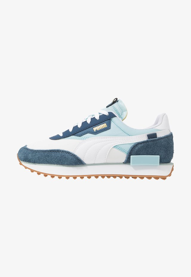 RIDER - Trainers - white/aquamarine/dark denim