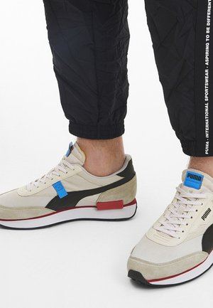 Sneakers basse - whisper white-pwhite-p black