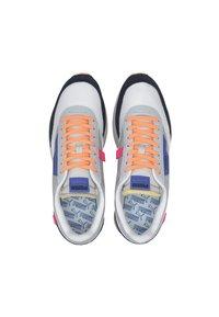 Puma - Sneakers - high rise-p white-puma black - 3