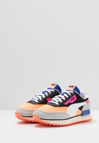 Puma - RIDER - Baskets basses - black/fizzy orange/high rise - 2