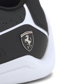 Puma - FERRARI DRIFT CAT - Sneakers basse - black/white - 6