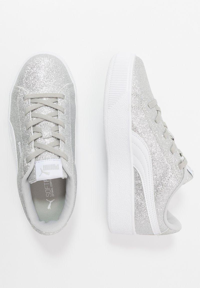 Puma - VIKKY PLATFORM GLITZ - Baskets basses - silver/white/gray violet