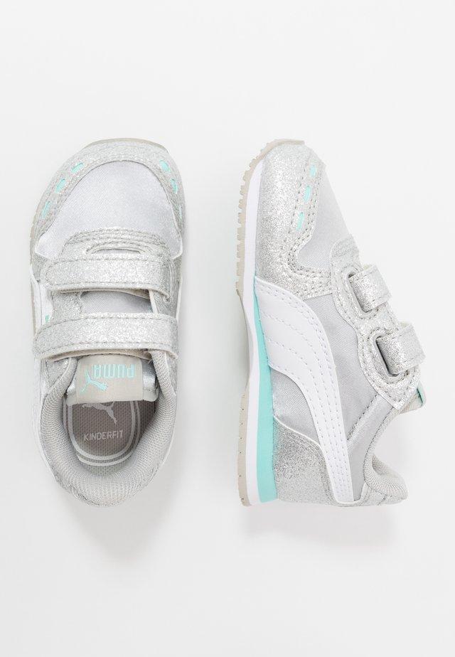 CABANA RACER GLITZ  - Sneakersy niskie - gray violet/white