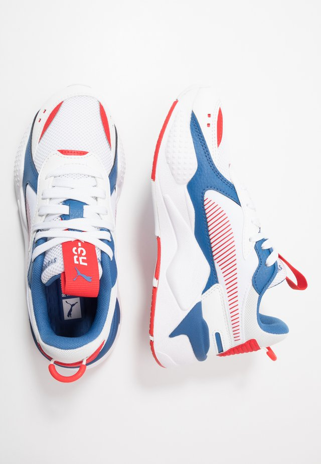 RS-X JOY - Sneakers laag - white/high risk red