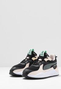 Puma - RS-X JOY  - Sneakersy niskie - black/rosewater - 3