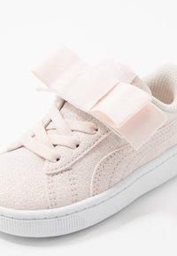 Puma - VIKKY RIBBON - Baskets basses - rosewater/silver/white - 2