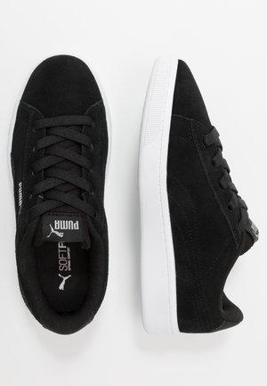 VIKKY V2 - Zapatillas - black/silver/white