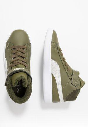SMASH MID - Höga sneakers - burnt olive/white