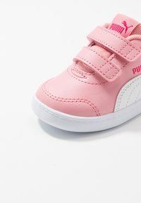 Puma - COURTFLEX  - Baskets basses - peony/right rose - 2