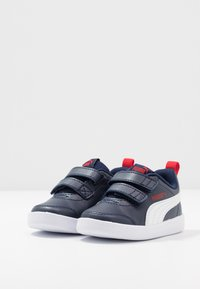Puma - COURTFLEX  - Baskets basses - peacoat/high risk red - 3