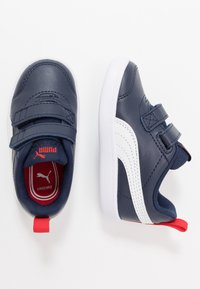 Puma - COURTFLEX  - Baskets basses - peacoat/high risk red - 0