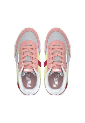 Trainers - peony-high rise