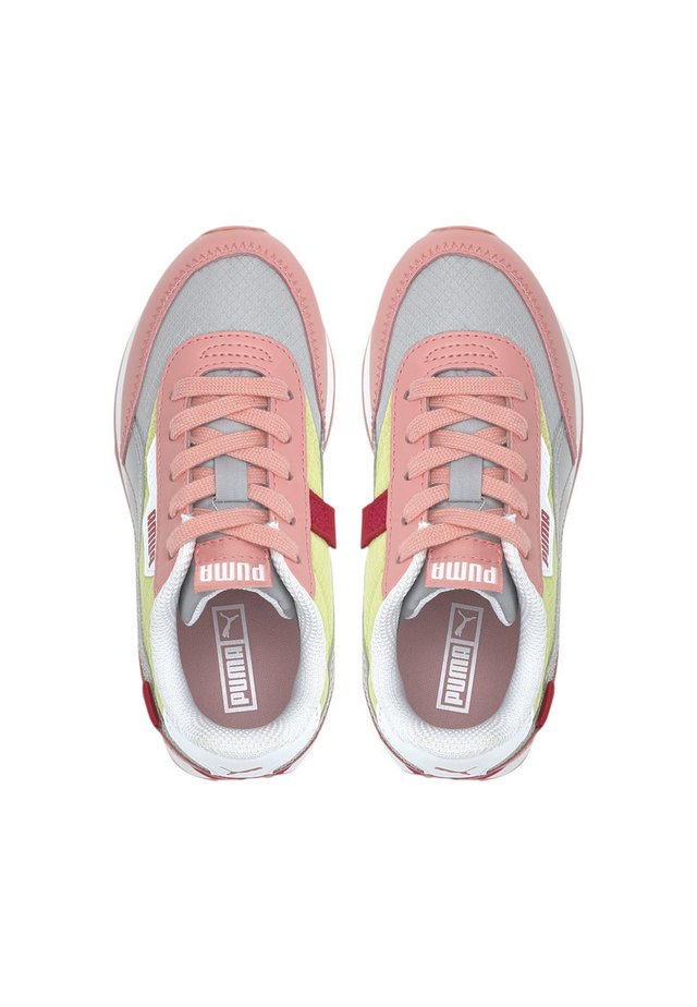 Sneakers - peony-high rise