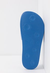 Puma - SEGA LEADCAT SONIC  - Pantofle - palace blue/white - 5
