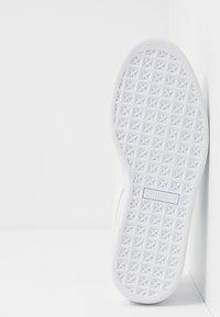 Puma - BASKET CLASSIC - Sneakers laag - white - 4