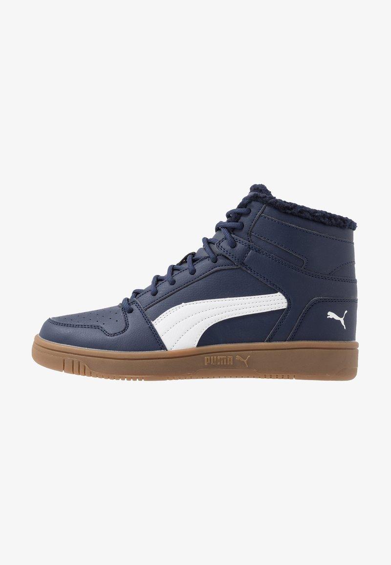 Puma - REBOUND LAYUP - Sneakersy wysokie - peacoat/white