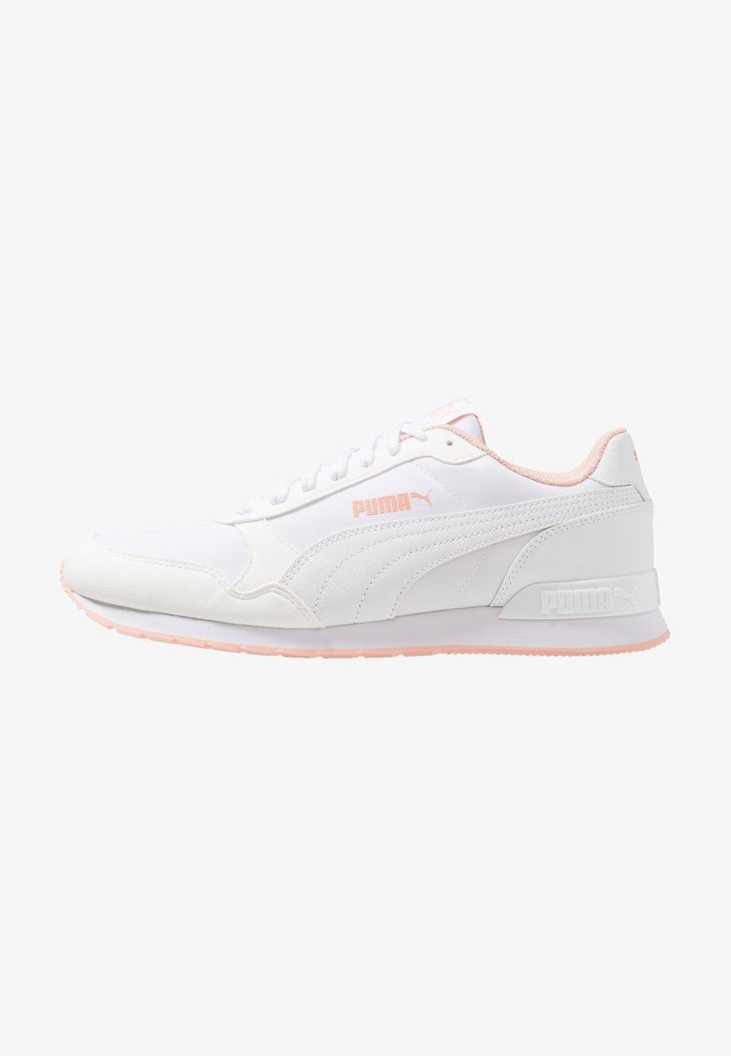 Puma - RUNNER - Sneaker low - white/peach bud