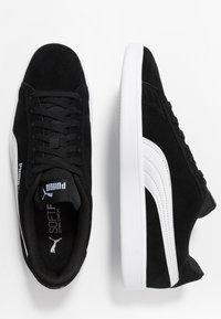 Puma - SMASH V2 - Sneakersy niskie - black/white/silver - 1