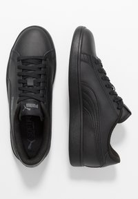Puma - PUMA SMASH V2 L - Baskets basses - black - 1