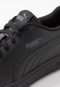Puma - PUMA SMASH V2 L - Baskets basses - black - 5