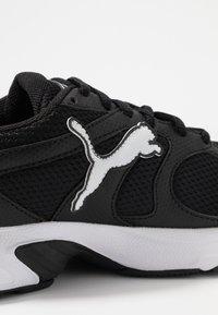 Puma - AXIS - Sneakers - black/white - 5