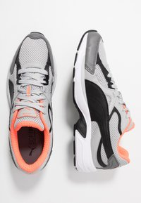 Puma - AXIS PLUS 90'S - Sneakers - high rise/black/castlerock/nrgy red/white - 1
