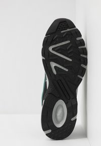 Puma - AXIS - Sneaker low - black/blue turquoise/castlerock/silver/high rise - 4
