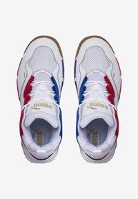 Puma - MID PLAYOFFS - Trainers - white - 1