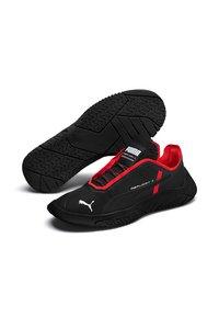 Puma - REPLICAT-X CIRCUIT - Sneakers laag - black/red - 2