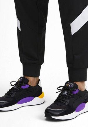 GRAVITY - Sneakers laag - black