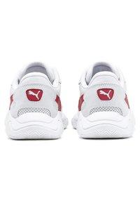 Puma - STORM STREET - Baskets basses - white/high risk red - 4
