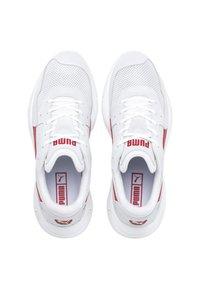 Puma - STORM STREET - Baskets basses - white/high risk red - 2